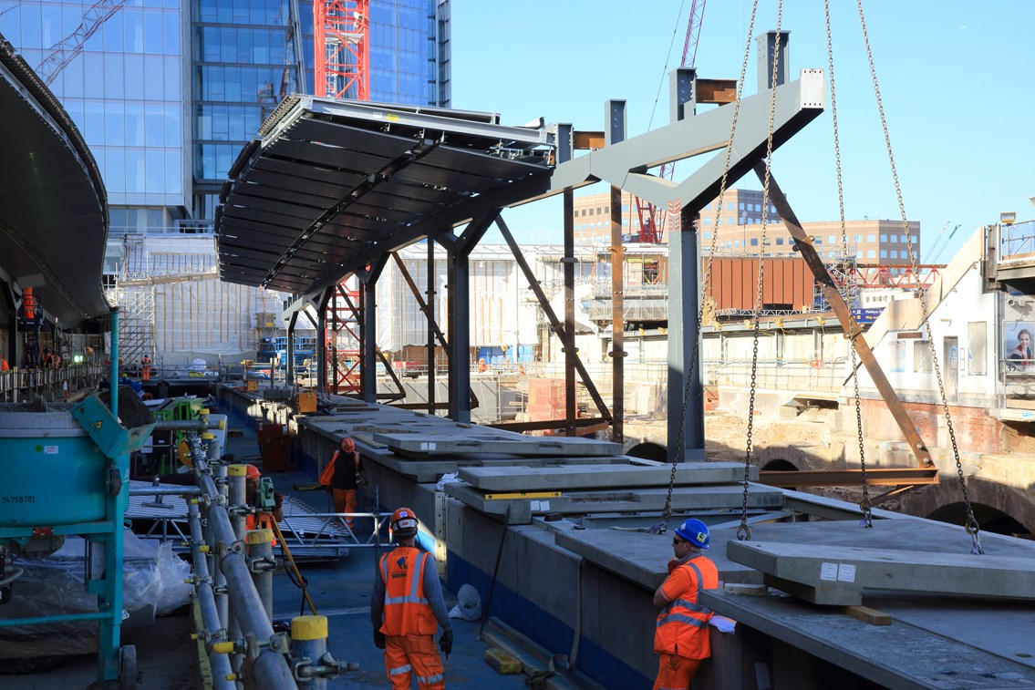 New platforms and the new concourse take shape at London Bridge station: New platforms and the new concourse take shape at London Bridge station