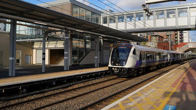 West Ealing station platforms