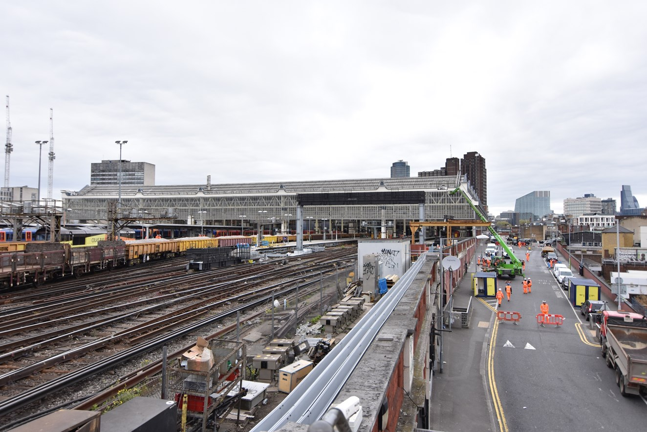TIMELAPSE: Network Rail completes £4 million Easter upgrade to boost Waterloo capacity: Over the Easter 2017 weekend, Network Rail installed a new signalling gantry and replaced sections of track at London Waterloo