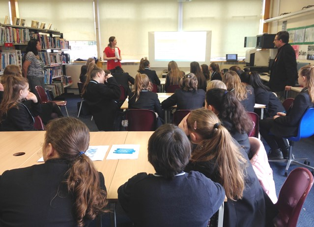 Network Rail works with Surrey school to increase take-up of female employees: Network Rail presenting to students at Ash Manor School in Surrey for International Women's Day 2017