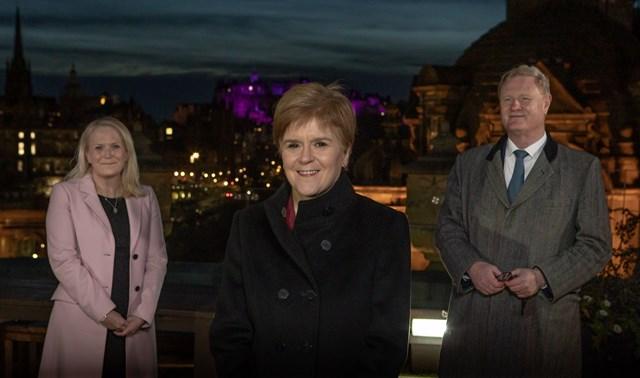 l-r Scottish National Investment Bank CEO Eilidh Mactaggart, First Minister of Scotland Nicola Sturgeon, Bank Chair Willie Watt-2