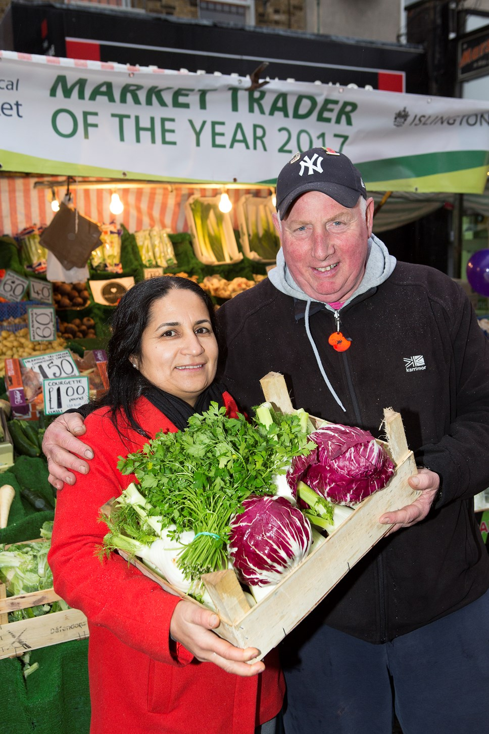 Vote for your Islington Market Trader of the Year 2018!: Serpil Erce and Dave Jackson, winners of Market Trader of the Year 2017