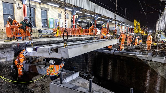 Bridge decks replaced at Warrington Bank Quay station