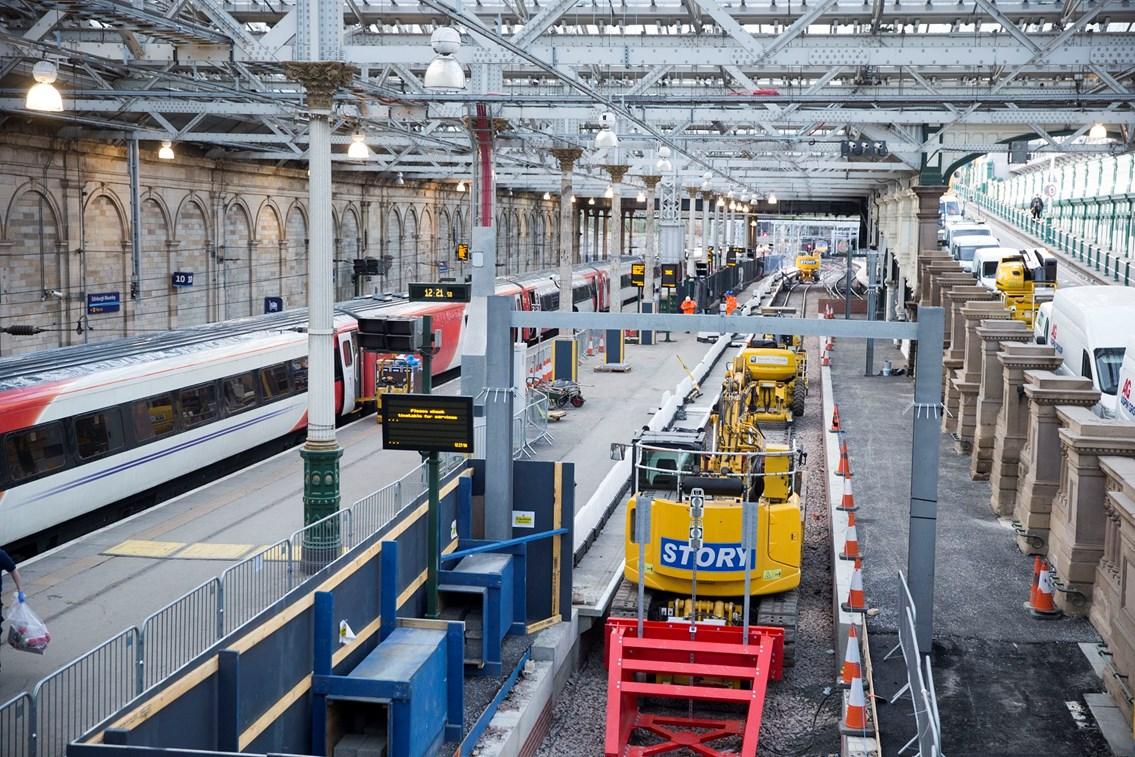 Edinburgh Waverley - new platform 12