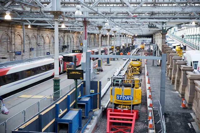 Network Rail awards contract worth up to £135m to Story: Edinburgh Waverley - new platform 12