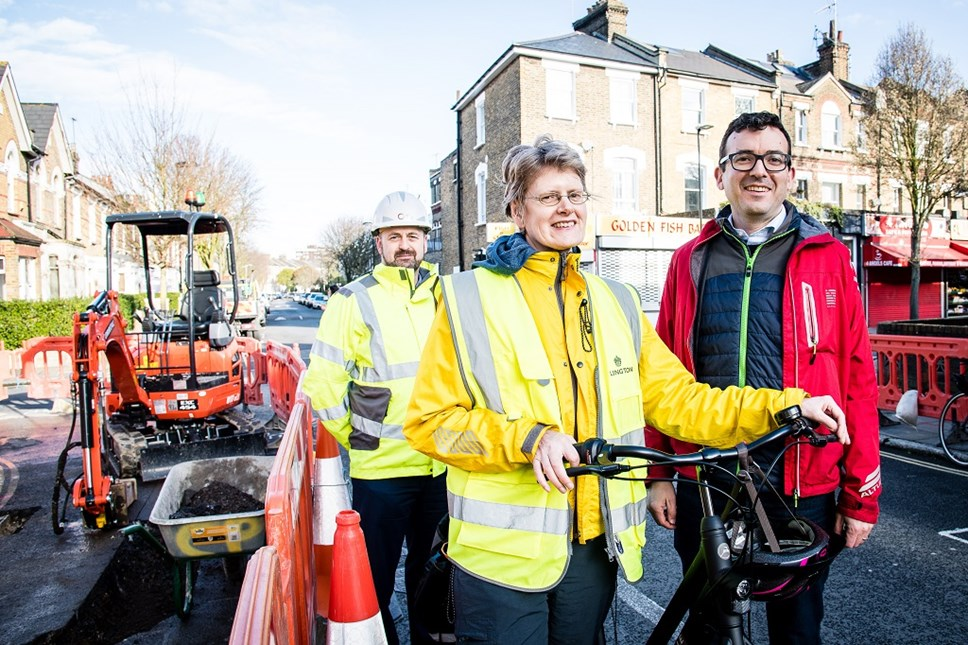 Vince Gannon (pictured left), Will Norman (right) and Cllr Champion (centre) as work starts on the Highbury Fields - Finsbury Park Cycleway