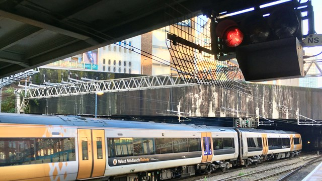 Platform changes at Birmingham New Street during 18-month signalling upgrade: Birmingham New Street signal and platform-2