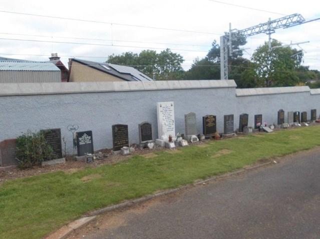 Edinburgh-Glasgow boundary works complete: graveyard 012