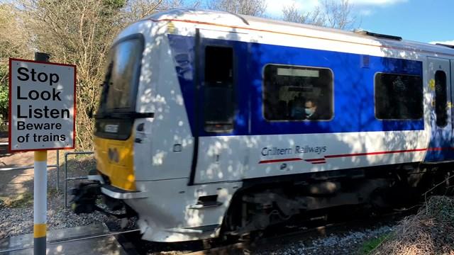 Chiltern train on Ridgeway footpath crossing