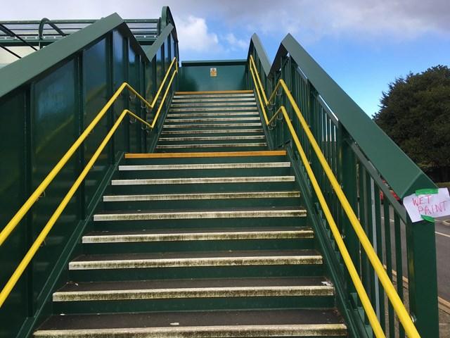Mossley Hill footbridge after repainting (1)