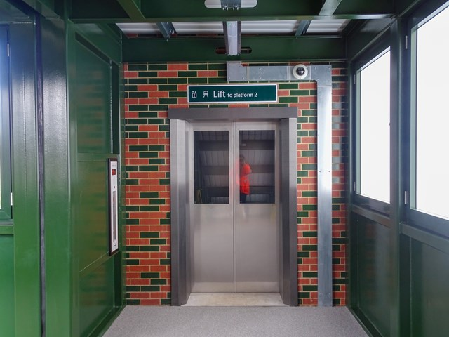 Coulsdon South lift