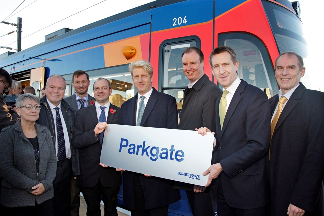 Minister helps to launch Tram Train