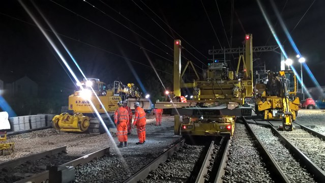 London Euston re-opens after first of three weekend upgrades is completed on time: North Wembley junction replacement - starting installation