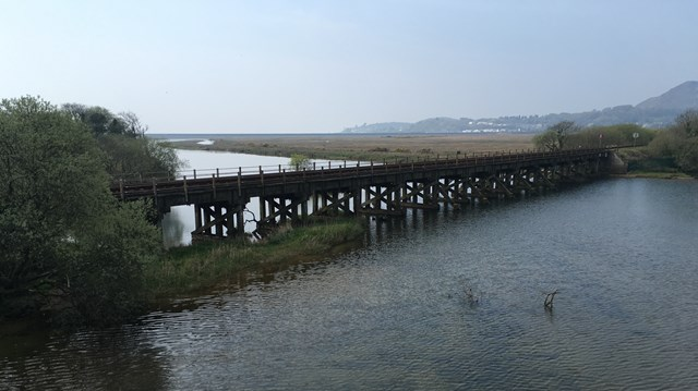 Traeth Mawr Viaduct gets £1.85m investment to improve resilience on Cambrian Line: Traeth Mawr bridge photo