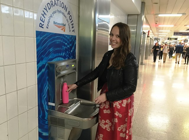 Passengers take on plastic pollution at Britain's biggest and busiest stations: Euston station water fountain