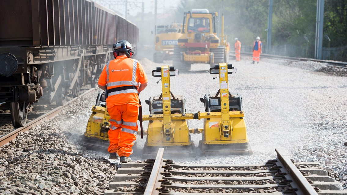 West Coast main line benefits from national £113m railway upgrades this Easter: WCML track renewals-2