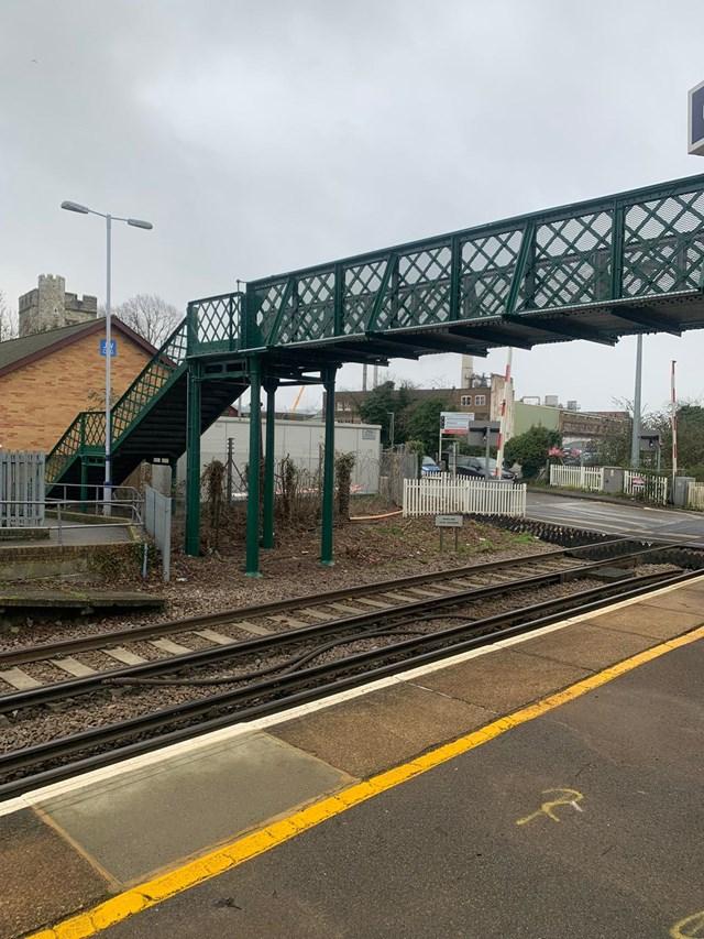 Snodland station footbridge