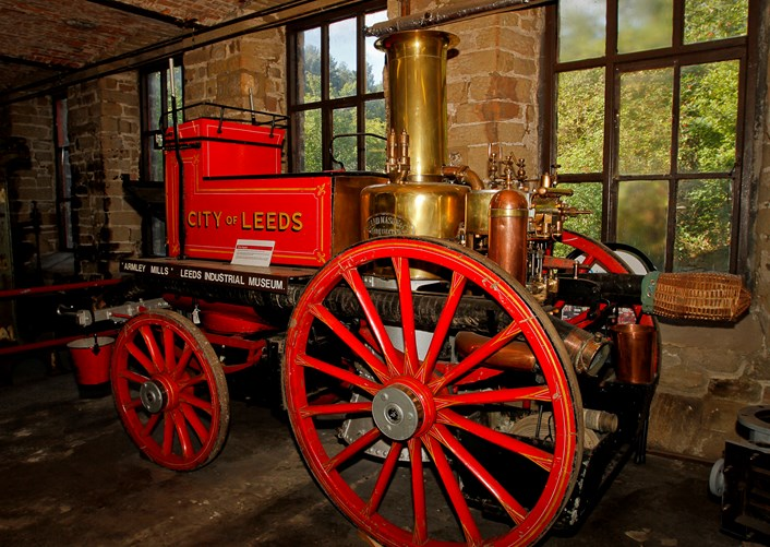 Object of the week- vintage fire engine: lim2-13-52-844818.jpg