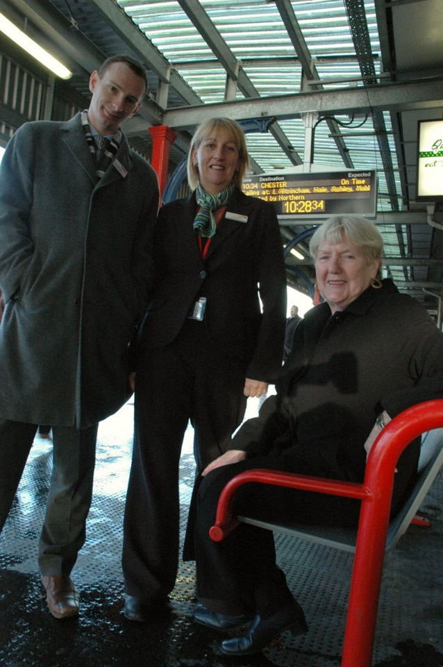 Stockport information screens: Councillor Maureen Rowles (seated) together with Simon Brooks (Network Rail Public Affairs Manager) and Lesley Ross (Virgin Trains Station Manager) on Stockport station platform (!! December 2006)