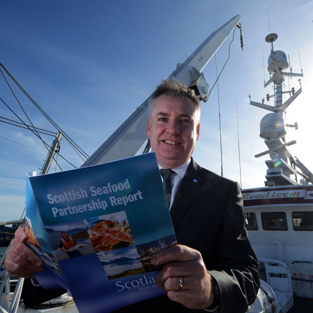 Richard Lochhead - Scottish Seafood Partnership Report: The Copyright for this image is owned by Stuart Maxwell, NORTHSCOT PRESS AGENCY. For use of the image please contact:  01224-212-141, 07824604100.