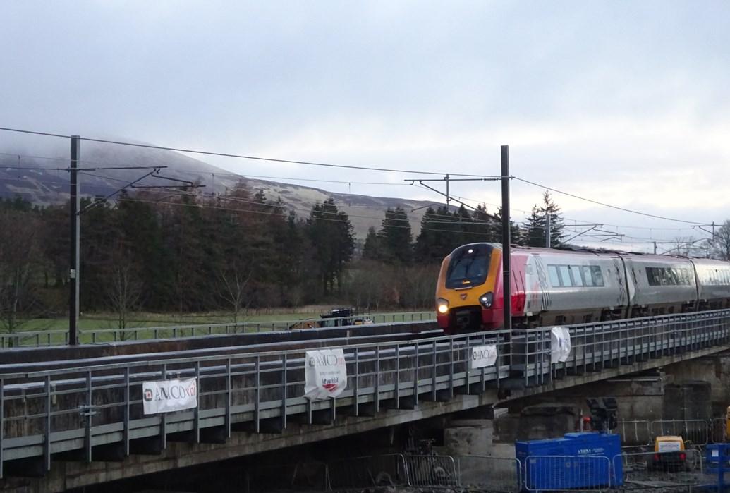 West Coast Mainline reopens for passengers: Lamington Feb22