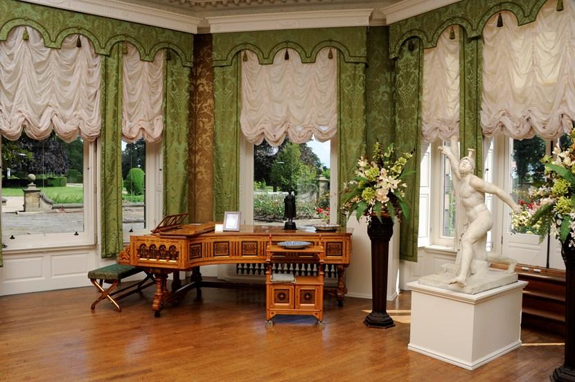 Young musicians to play 170 year-old grand piano at Edwardian hall's recitals: drawingroomrestoredwithsaltpiano.jpg