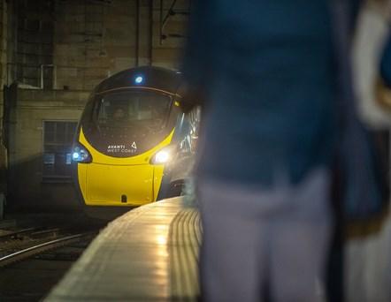 Avanti West Coast Pendolino arrives at Glasgow Central: Taken on December 9, 2019