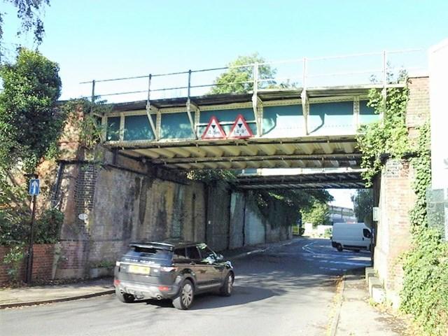 Network Rail awards bridge strengthening contract: Station Road Leatherhead bridge