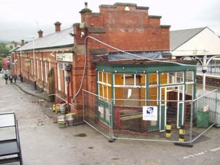 Stalybridge buffet bar - demolition begins