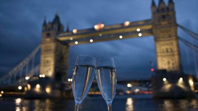 Love London this Valentine's Day: 72832-640x360-valentines.jpg