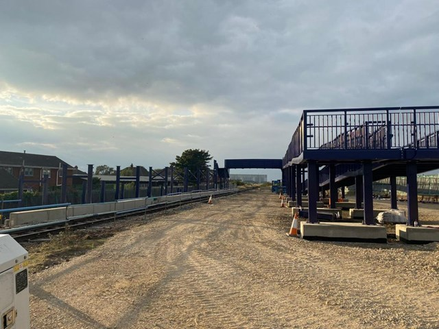 Network Rail installs new footbridge at Suggitt's Lane ready to connect people in Cleethorpes with beachfront later this year