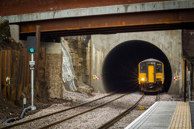 Trains at full speed through newly-enlarged Farnworth Tunnel – Feb 2016(Courtesy of Graeme Bickerdyke)