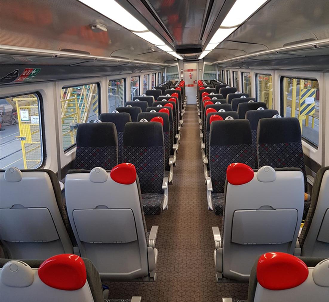 Class 175 interior