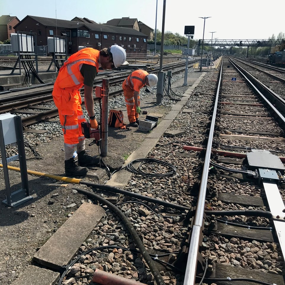 Passengers in Kent who must travel urged to plan ahead over Late May Bank Holiday weekend: Kent engineers working