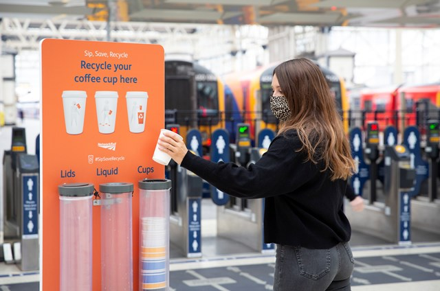 Network Rail Recyclable Cups-5