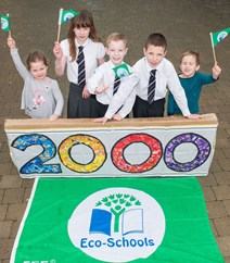 2000th Green Flag: Aylish Watson, Megan Campbell James Finnon, Stac Zawistowski and Matt Coper from St John's RC Academy