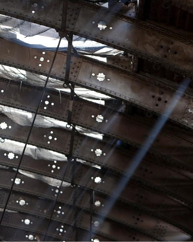 BRIGHTER FUTURE FOR PADDINGTON COMMUTERS AS WORK TO RESTORE HIDDEN ROOF BEGINS: Sunlight through Paddington's Span 4