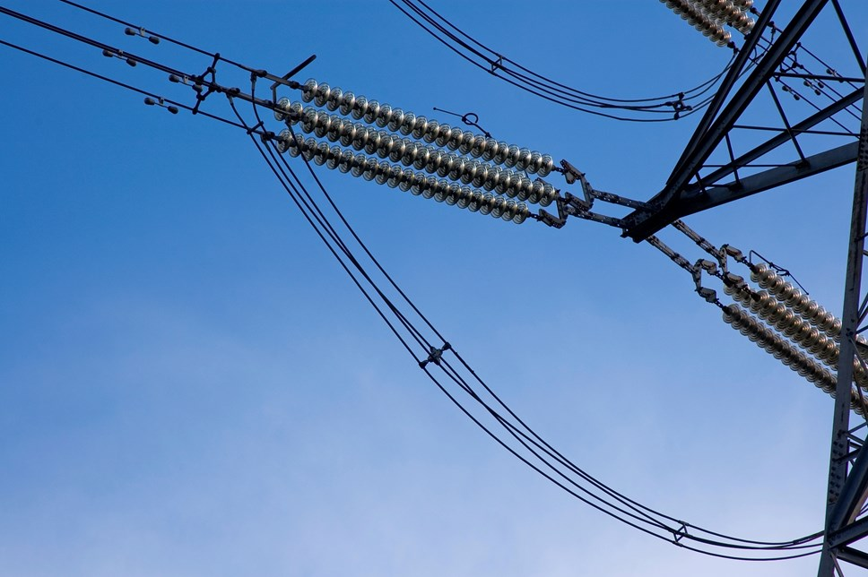 Electricity flexibility commitment powers Britain forward towards Net Zero: Overhead electricity cables and insulators