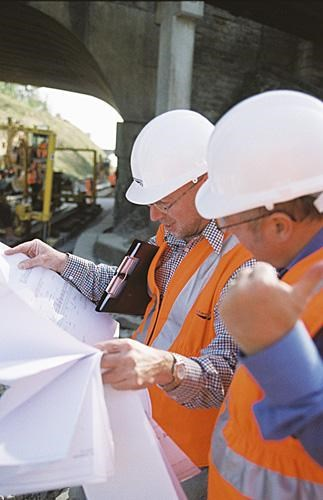 Professional Frameworks Contracts: Studying plans during engineering works.