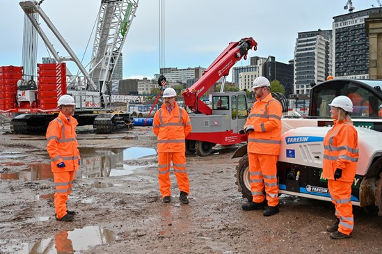 HS2 station contract confirmed with 1,000 new jobs on Birmingham's biggest construction project: HS2 Minister visits Birmingham to mark Curzon Street Station contract award