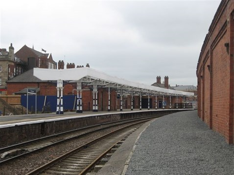 New canopy at Hartlepool station (2)