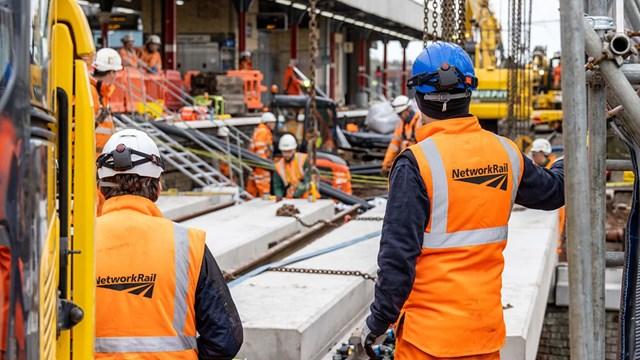 Engineers replacing bridges at Warrington Bank Quay station
