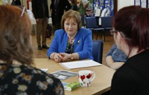 Maureen Watt - Mental Health Strategy launch: Meeting with service users and staff at the Edinburgh Mental Health Information Station