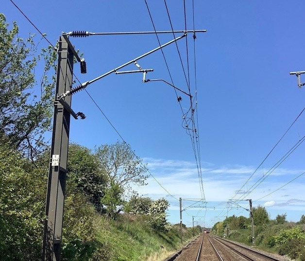 Disruption between Newcastle and Edinburgh following damage to overhead wires – passengers urged to check their journey: Disruption between Newcastle and Edinburgh following damage to overhead wires