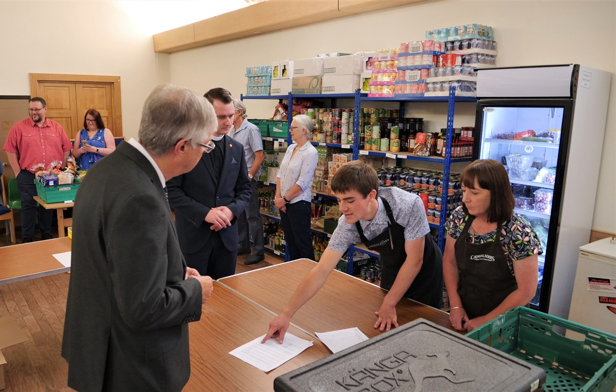 FM Mark DRakeford visits CARE project in Caerphilly