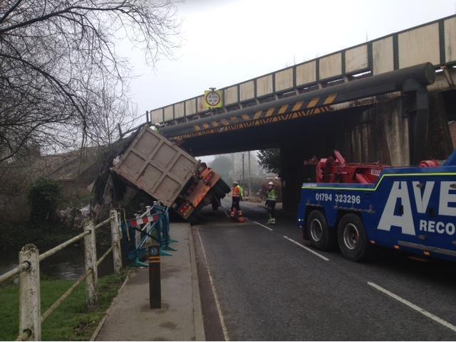 Oversized lorry railway bridge strike
