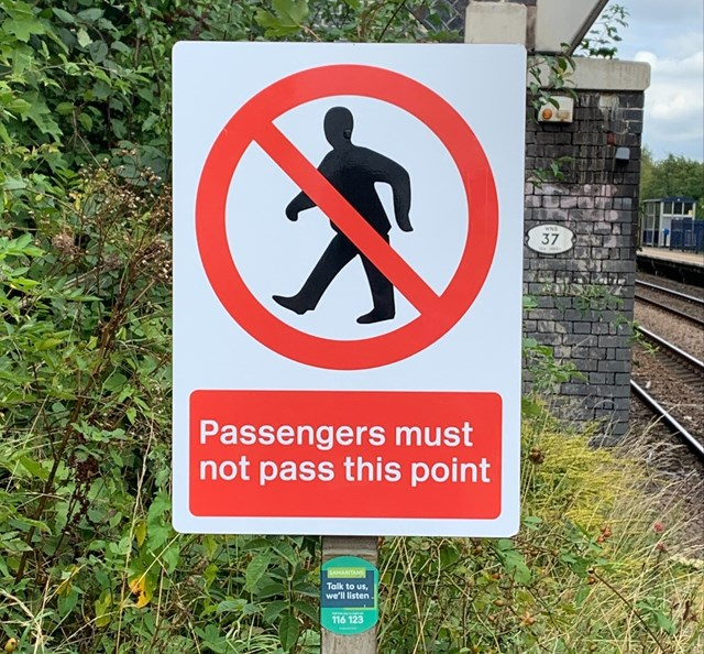 New sign at South Wigston station