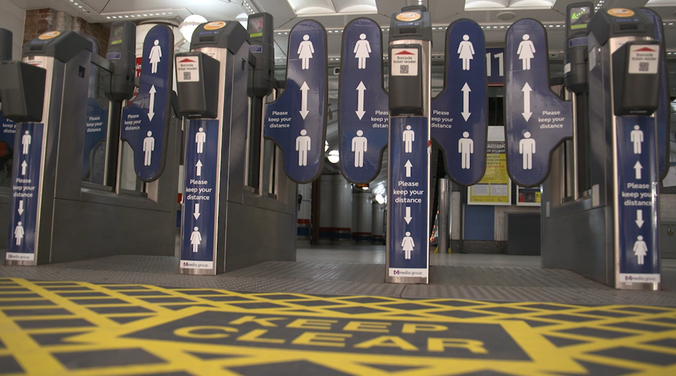 Rail Delivery Group comment on rail journey statistics: Ticket gates with passenger advice