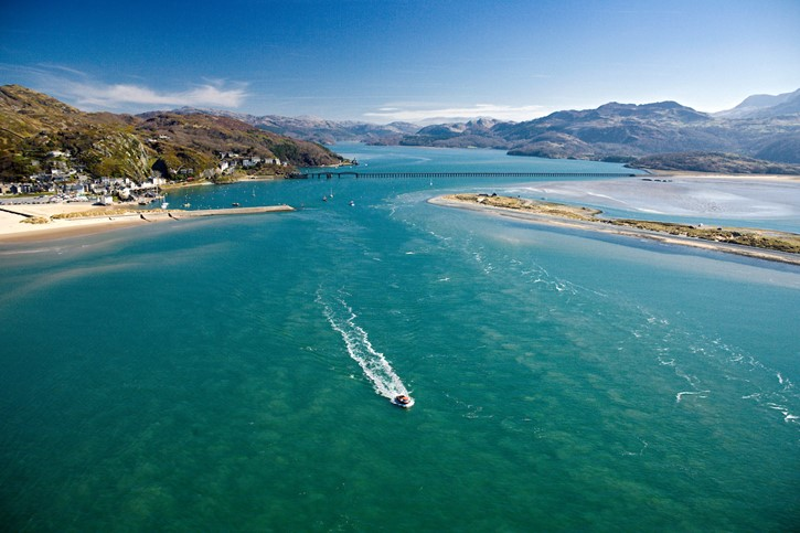 Ridiculously cheap fares as CLUB 55 returns to Wales and the Borders!: Barmouth