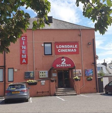 Annan Lonsdale Cinema-4